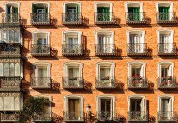 Mantenimiento de edificios, ¿qué normativas son aplicables?