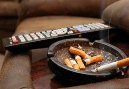 Cómo eliminar el humo del tabaco en el hogar